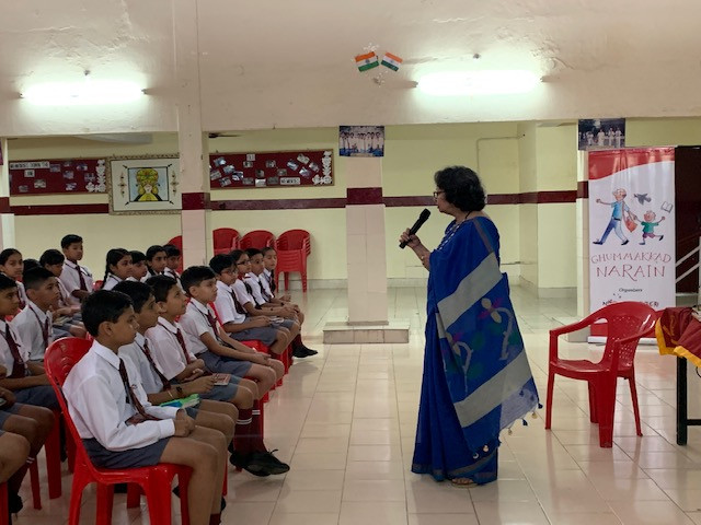 Deepa Agarwal talking to children