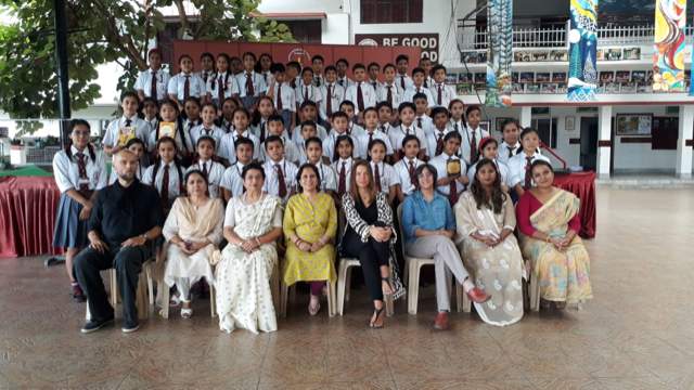 Rachna Bisht with writers, students and faculty