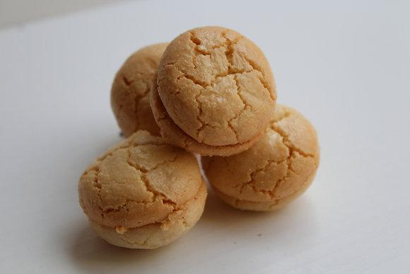 Peanut Macaron
