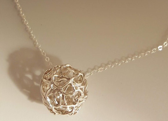 Filigree necklace with chain