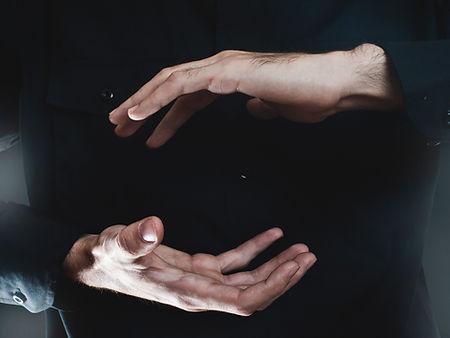 que apresenta a mão