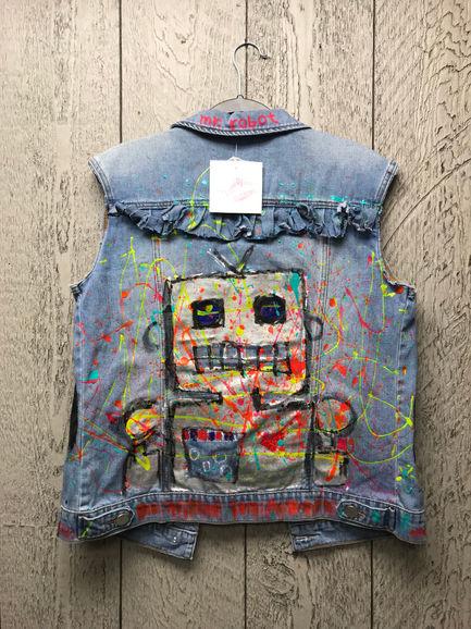 miss frais artwear.jpg