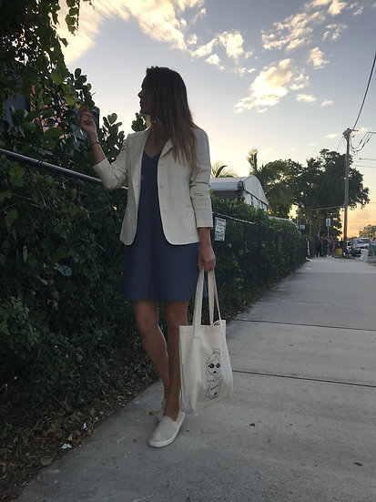 Miss Suave tote