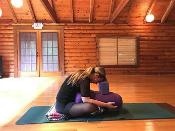 yin yoga  theyogawriter