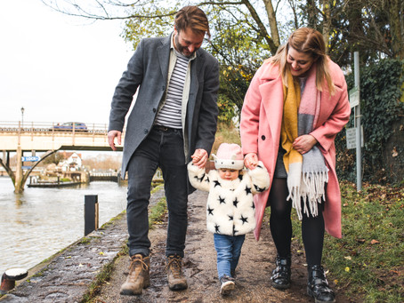 A Gentle River Stroll: A Family Shoot in Berkshire