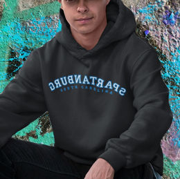 hoodie-mockup-featuring-a-young-man-wear