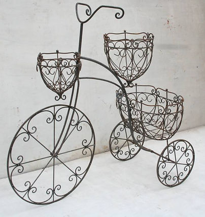 lg-flower-planter-bike-rusty.jpg