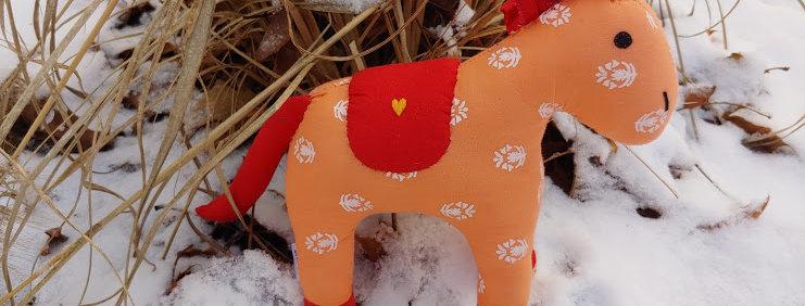Large Horse Orange with White Flower