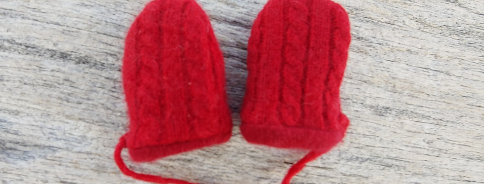 Red Cable Cashmere Baby Mittens