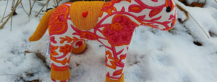 Medium Horse White with Rose and Orange Flowers