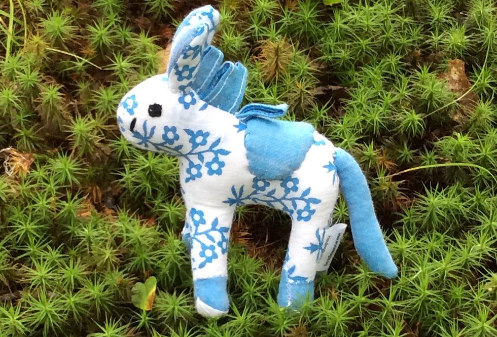 Small Horse - white with blue