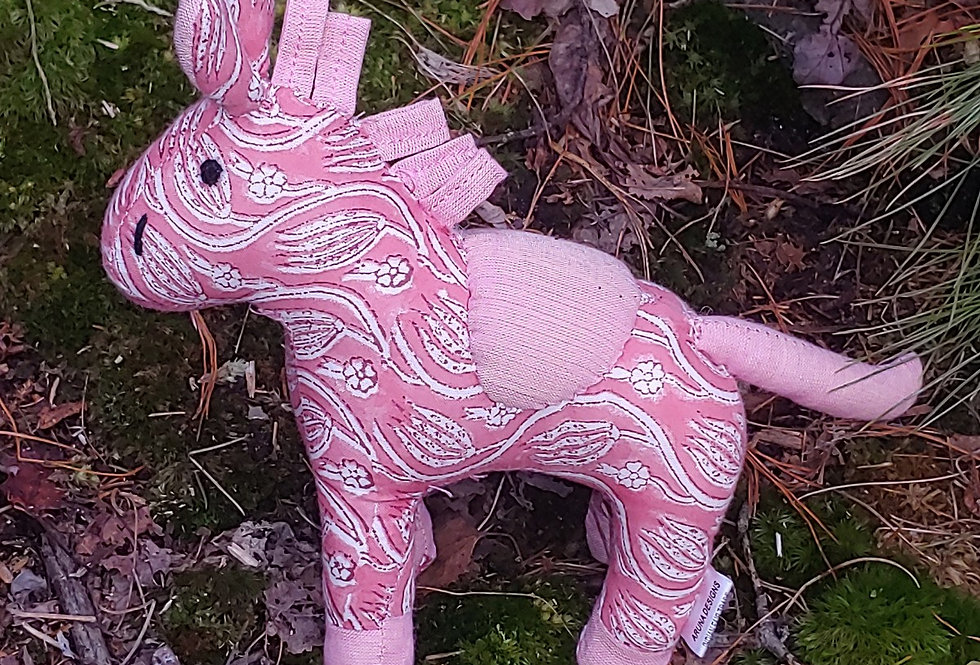 Medium Horse Rosy Pink with White Flowers