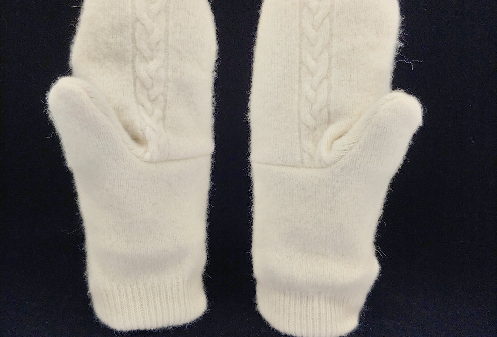 Wool / Cashmere Cable Mittens with pocket