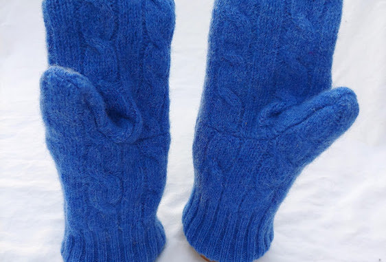 Blue Cable Wool Mittens with Cashmere Lining