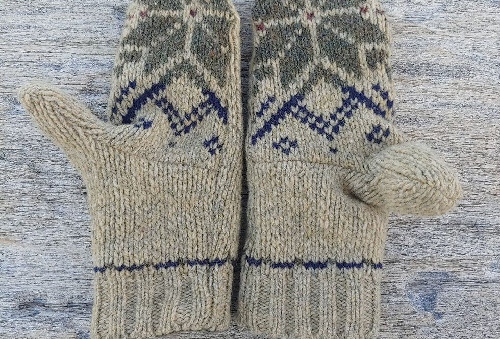 Wool Mitten with Snowflake Design and Cashmere Lining