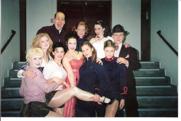 Cast photo for Guys and Dolls