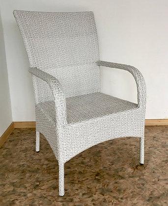 Кресло из искусственного ротанга (1)
