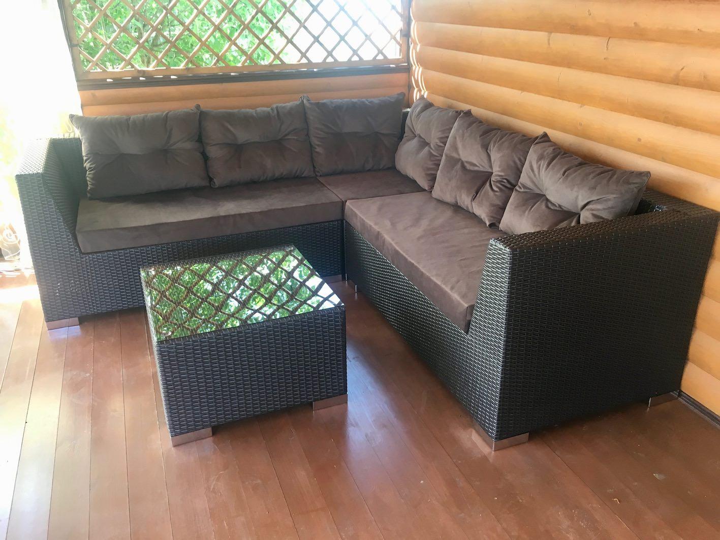 Комплект - диван угловой + столик из иск