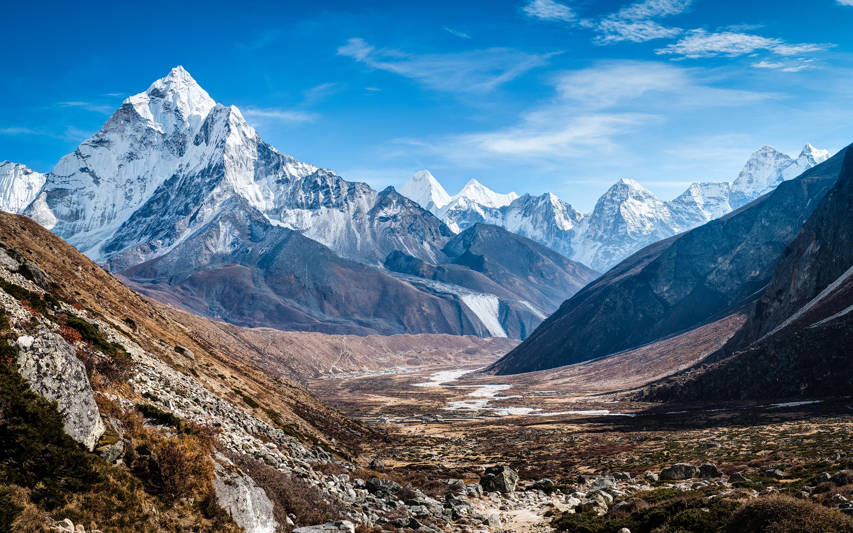 ama_dablam_himalaya_mountains-widescreen_wallpapers.jpg