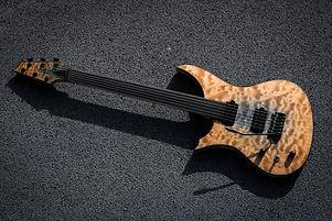 Bassa Def chitarra 1.jpg