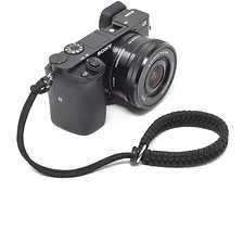 CORDY CROSSOVER Paracord Camera Wrist Strap