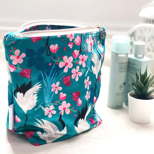 Shimmer Velvet Wash Bag - Red Crowned Cranes