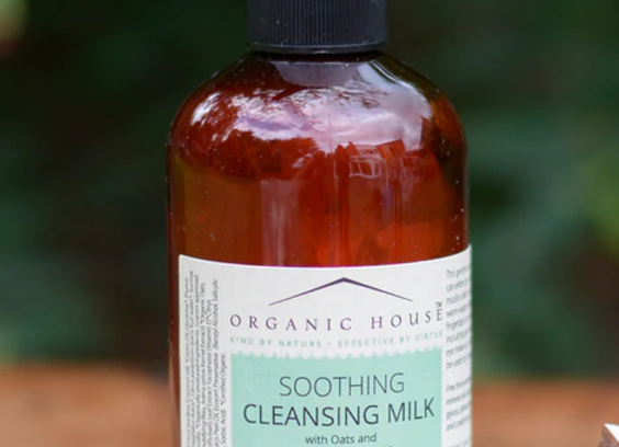 Soothing Cleansing Milk with Oats and Orange Essential Oil
