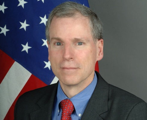 Robert_Stephen_Ford_US_State_Dept_photo.