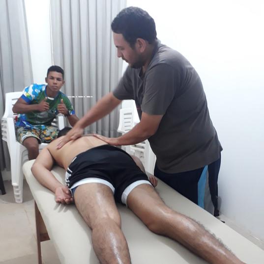 Aula de massagem.jpg
