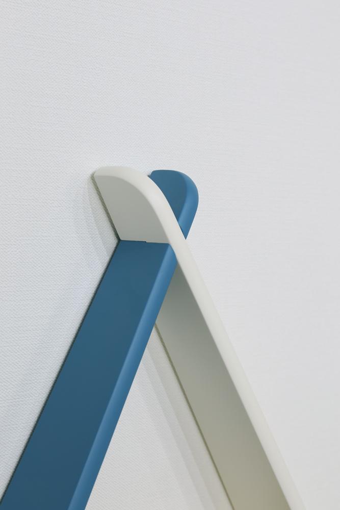 triangle shelf 4