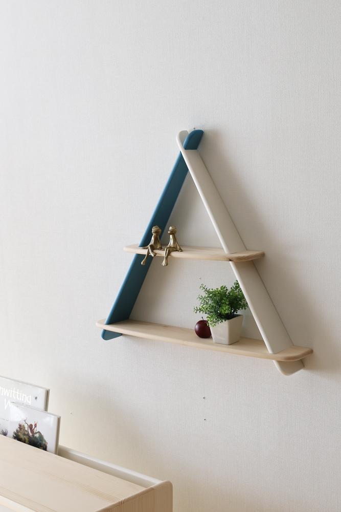 triangle shelf 6