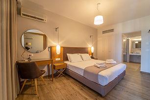 Achilles Hill Hotel Deluxe Suite