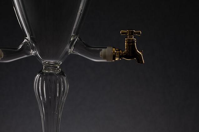 Karolina Vorlikova - fontana na absint-3