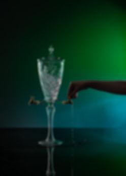 Karolina Vorlikova - fontana na absint-8