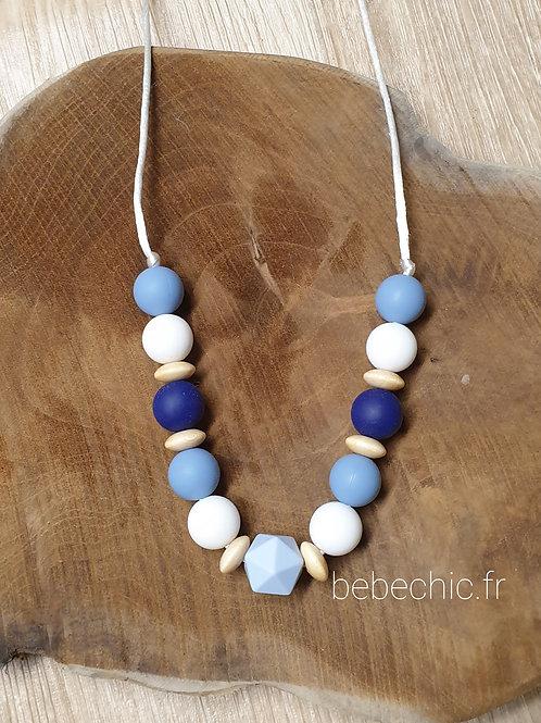 Collier de portage, d'allaitement, de dentition, bleu blanc et bois
