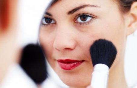Top Tips For Flawless Makeup Application