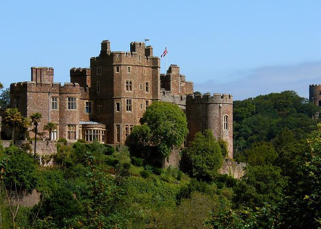 dunster-castle-somerset-1-915px.jpg