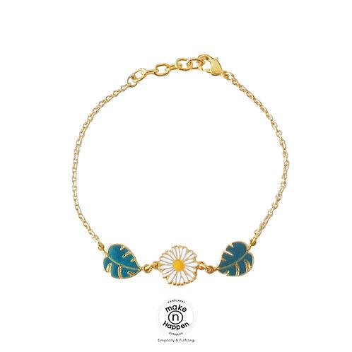 Bracelet 3 PD Daisy with Leaves (ข้อมือ 3 จี้ เดซี่-ใบไม้)