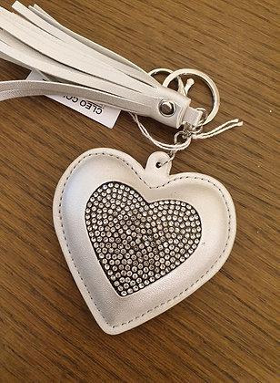 Keychain silverwhite heart
