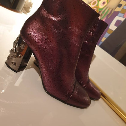 Unisa boots metallic purple