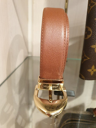 Louis Vuitton taiga leather belt cognac