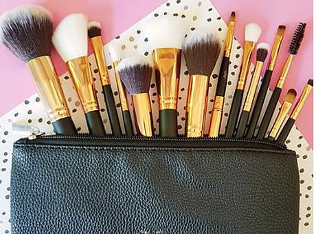 Make up Brush .png