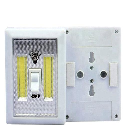 Светодиодный фонарь – выключатель с клавишей выключения на магните
