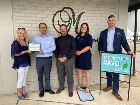 McNutt Funeral Home Wins July Beautification Award
