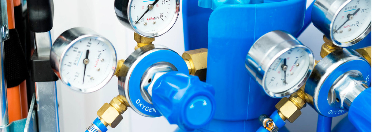 Bottles to supply compressed medicalgas
