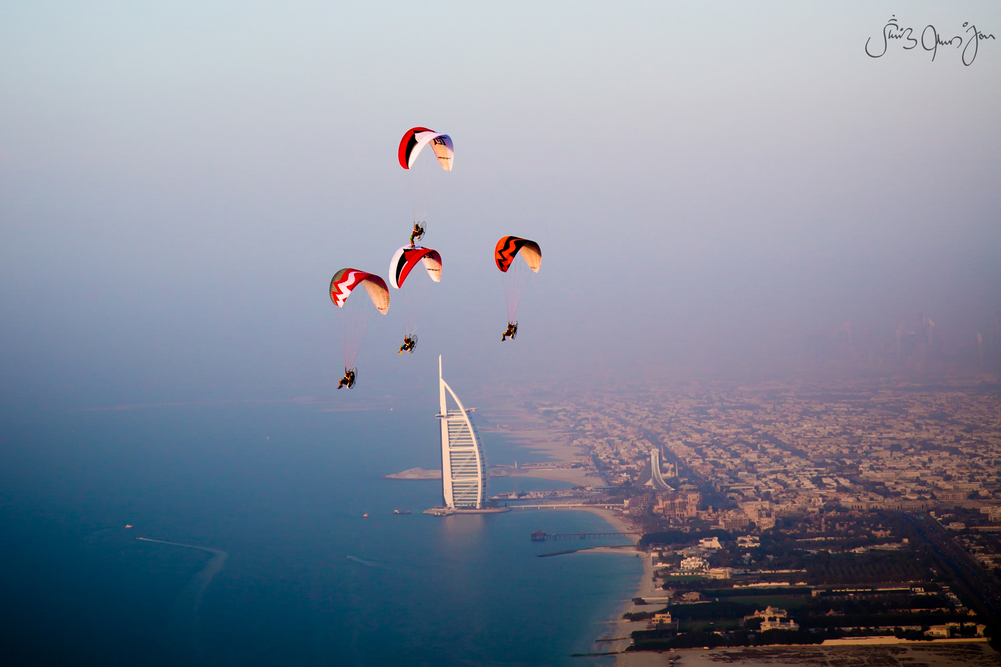 WTB-6464 Skyhub paramotors Palm Dubai marina Francois ragolski Martin schricke