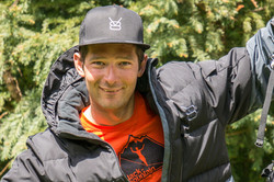 V8 equipement and Slack mountain with Francois ragolski