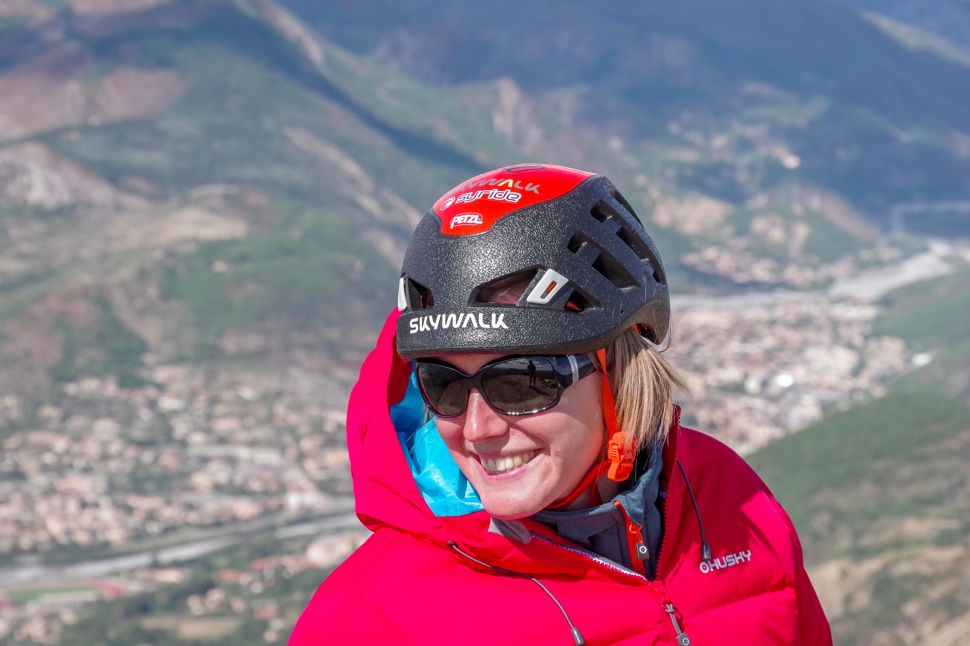 Loraine Humeau Husky The Himalayan Paragliding Line Extreme Skywalk-3