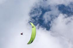 Loraine Humeau above cloud paragliding Himalaya Skywalk supair-2