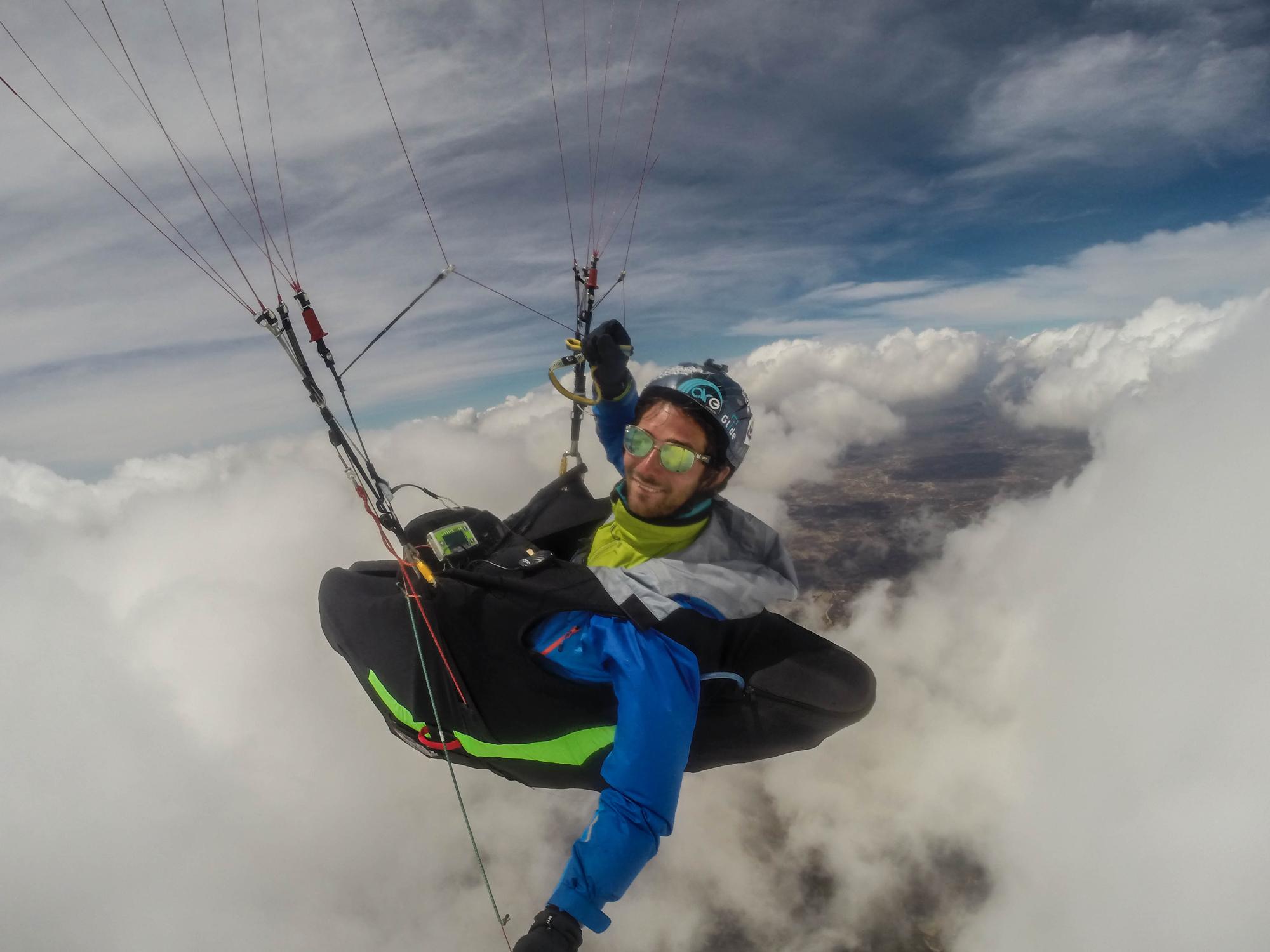 Brazil quixada expe parapente above the clouds Francois Ragolski